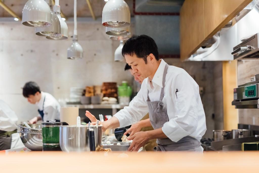 ヌー.東京‗料理風景